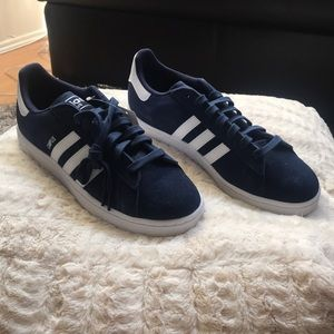 Never Worn Adidas Campus Size 11!